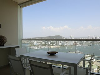 Car028 - Apartment with stunning views in Cartagena, H2 building