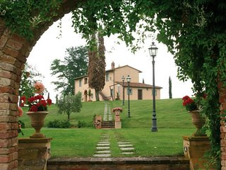Romantic Tuscany for two at Rosmary
