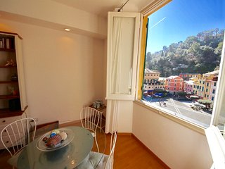 VELA 2BR-sea view in heart of PORTOFINO by KlabHouse