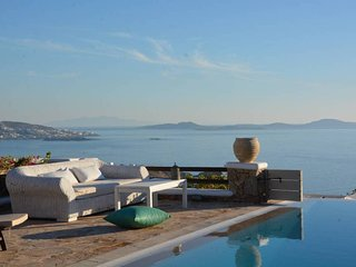 Amazing view-4bedroom villa in Choulakia beach, Agios Stefanos