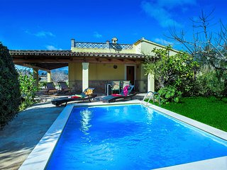 Sunbathe at Lovely Villa Almadrava