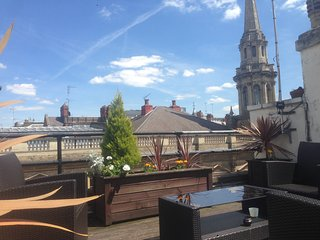 Boutique top floor apartment with terrace, Londres