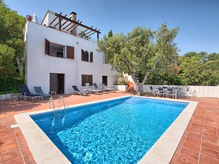 Villa for 6 people in Begur with wonderful Sea View, Private Pool and WIFI!