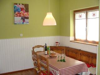 Gite les marguerites, garage et jardin situé sur la route du vin labellisé 3*