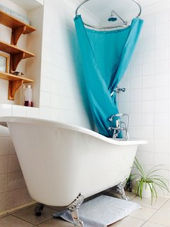 Gorgeous slipper bath to relax in