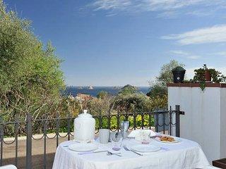 Delizioso e vicino mare con vista ideale per coppie o famiglie, Santa Maria Navarrese