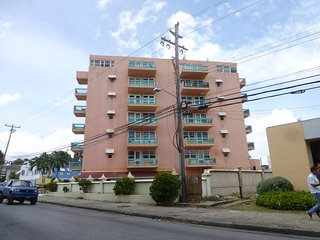 Hastings Towers Studio apt  opp Beach, Boardwalk,nr Mall, restaurants & Bars!