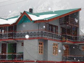 Summer house Amar cottage, Manali Tehsil