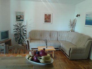 Apartment  ''Zagonjka''  with 3 bedrooms - 200 meters away from the sea, Novi Vinodolski