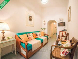 LivingAmalfi Bijoux apartment close to the beach, Atrani