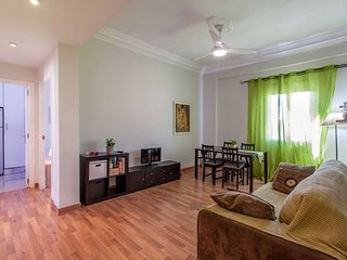 3 BEDROOMS APARTMENT FOR SHORT RENTAL NEAR THE CITY OF THE ARTS AND SCIENCES