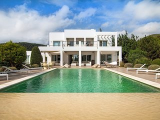 Villa Vista Cala Jondal