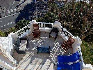 Appartement dans villa avec grande terrasse proche plages et stade velodrome
