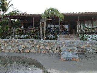 Hermosa Cabaña Frente Al Mar !
