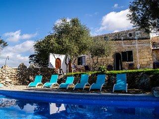 Santa Catalina ,Preciosa casa decampo con piscina para12 personas