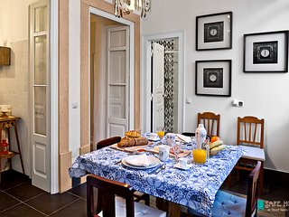 SafeHouse-Charming House in the Center of Lisbon