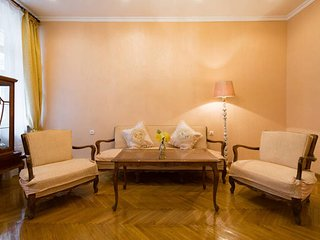 3 Room Apartment in center, Yerevan