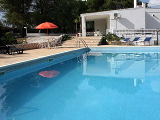 Private villa, swimming pool and walled gardens, Villanova