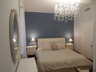 Romantico appartamento 'IL SOLE' Centro di Bologna