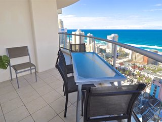 1254 3 Bedroom Holiday Apartment at Chevron Renaissance in Surfers Paradise
