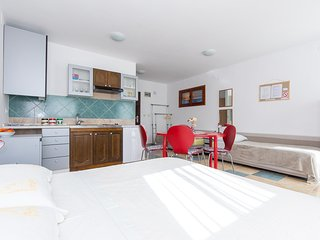 STUDIO APARTMENT LANA, Moscenicka Draga