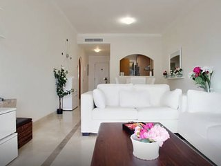 APARTAMENTO LUJO . WiFI, GOLF y PLAYA