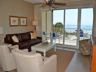 Gorgeous beachfront condo with all the comforts of home ~ ideal for families