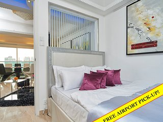 TICKTOCK *YAU MA TEI*LOCATION*MTR*SEAVIEW*BALCONY*QUIET *4bed3bath, Hong Kong