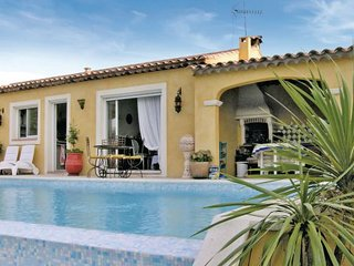 3 bedroom Villa in Bagnols En Foret, Cote D Azur, Var, France : ref 2042375