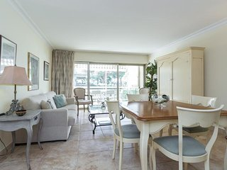 Le Piree Cannes Vacation Rental with a Balcony, in Great Location