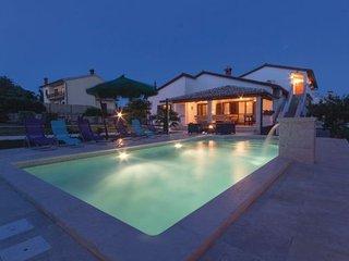 5 bedroom Apartment in Barban, Istria, Croatia : ref 2089129
