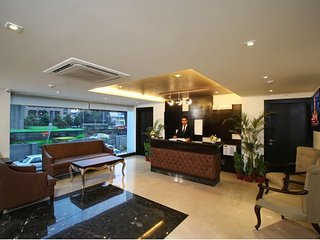 Luxurious One bedroom Apartment in Lajpat Nagar