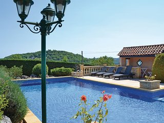 3 bedroom Villa in Montignac, Dordogne, France : ref 2184068, Aubas