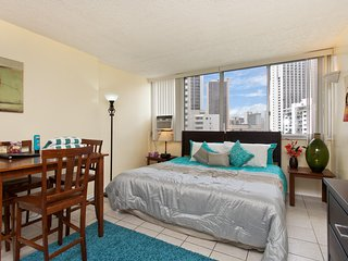 Waikiki Grand Hotel #704 - Studio/1BA w/ Kitchenette and King Bed