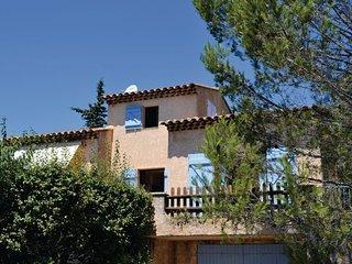 3 bedroom Villa in La Croix Valmer, Var, France : ref 2220431