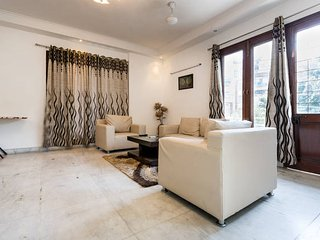 Spacious 01 Bedroom Apartment in GK-2, Neu-Delhi