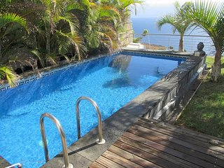 TF10 VILLA PRIVATE POOL
