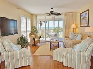 Excellent view of the Gulf from this very nice 2 Bedroom villa, B2213A