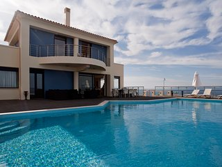 Luxury Seafront Villa Grace Spectacular Sea & Sunset Views, Sauna, Gym, Cinema, Tersanas