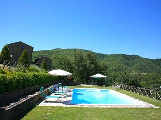 7 bedroom Villa in Cortona, Tuscany, Italy : ref 2244493