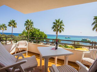 Jordana -  lovely apartment at the beach of Cala Millor