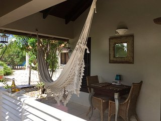 Hammock Luxury Apartment; only 1 minute from one of the nicest beaches!