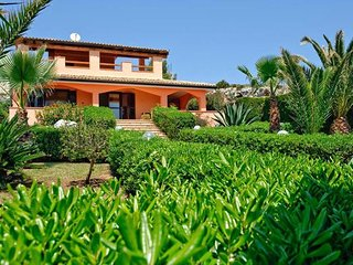 3 bedroom Villa in Syracuse, Sicily, Italy : ref 5477660