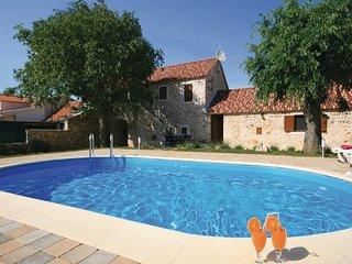 3 bedroom Villa in Sibenik-Lozovac, Sibenik, Croatia : ref 2277069