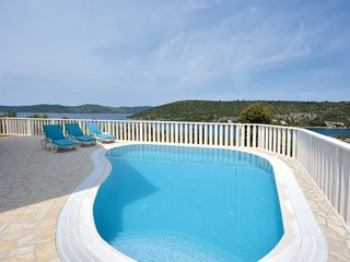 4 bedroom Villa in Drvenik Veliki, Island Of Drvenik Veli, Croatia : ref 2277570