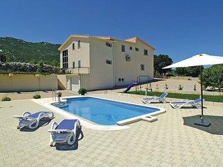 4 bedroom Villa in Makarska-Duge Njive, Makarska, Croatia : ref 2278045, Zivogosce