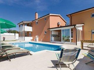 3 bedroom Villa in Fazana-Peroj, Fazana, Croatia : ref 2278252