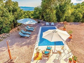 5 bedroom Villa in Crikvenica-Kostrena, Crikvenica, Croatia : ref 2278382