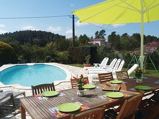 4 bedroom Villa in Saint Antonin-du-Var, Var, France : ref 2279154