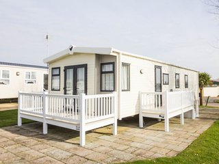 Ref 80055 Waterways 6 berth  3 Bedroom static caravan with deck at Haven Hopton